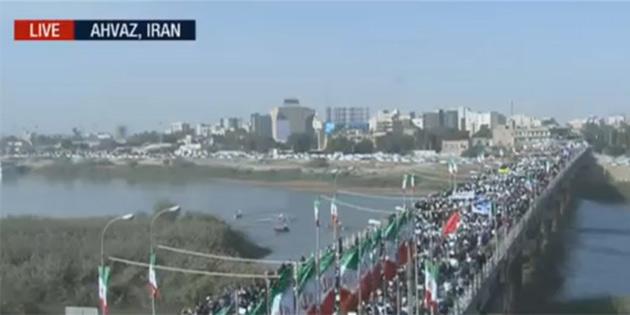 İran'da bu kez rejim yanlıları sokağa indi! On binler yürüyor