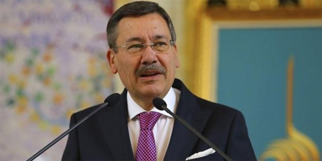 'ANKARA VE İSTANBUL'DA CHP GEÇTİ'