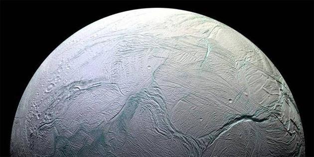 Satürn'ün uydusu Enceladus'ta 'yaşamın yapı taşları' bulundu