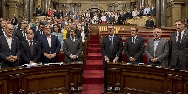 Mahkeme, Katalan parlamentosunun toplanmasına izin vermedi