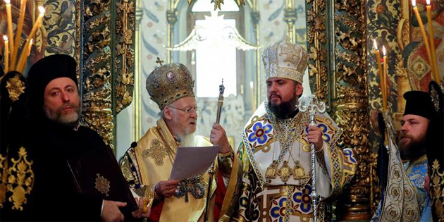 Bartholomeos Ukrayna kilisesini tanıyan kararnameyi verdi