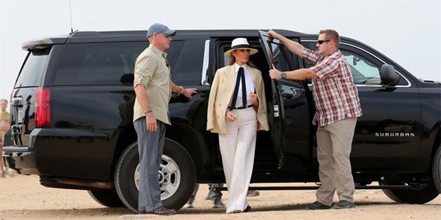 First Lady Melania Trump'ın Mısır'da giydiği kıyafet gündem oldu