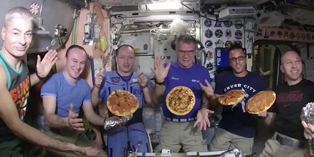 Uzayda pizza yaptılar