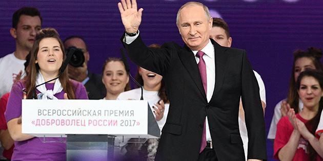 Putin aday oluyor!