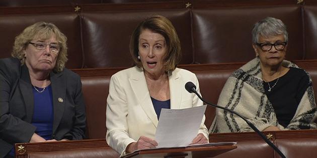 ABD'de demokrat temsilci kongre'de 8 saat konuştu