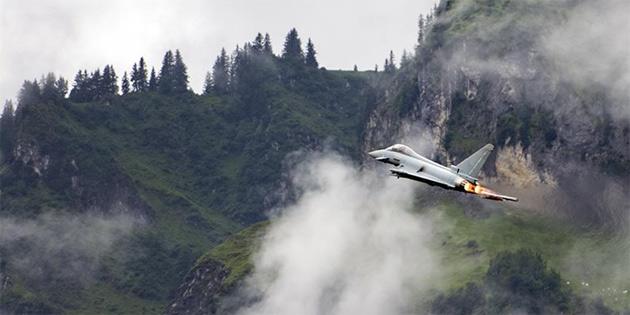 İspanyol savaş uçağı yanlışlıkla Estonya'da füze attı