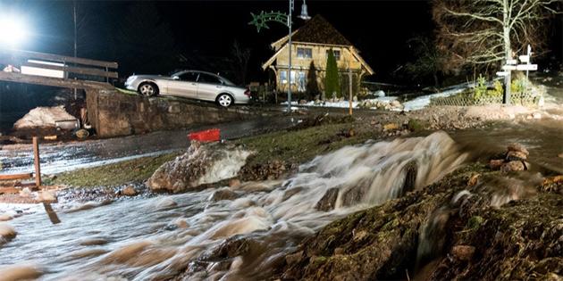 Almanya'da kuvvetli yağış ve fırtına