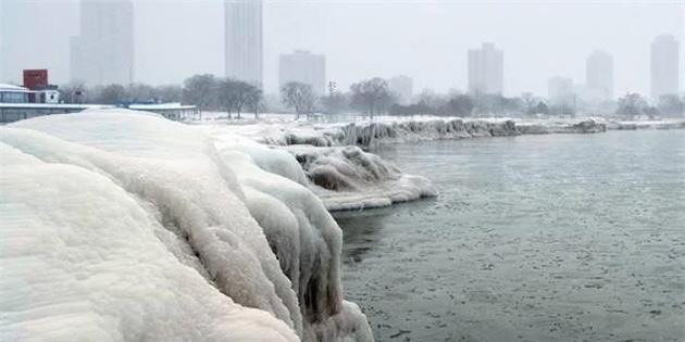 ABD'de 3 Saatte 33 Derecelik Sıcaklık Düşüşü Yaşandı