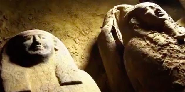 Mısır'da Hiç Açılmamış 2.500 Yıllık Tabutlar Keşfedildi