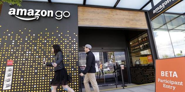Philadelphia, Nakit Kabul Etmeyen Mağazaları Yasaklayan İlk ABD Şehri Oldu