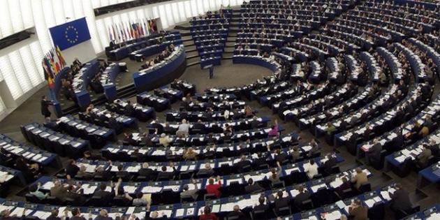 AB, Ukraynalı ayrılıkçılara ve Rus yetkililere yönelik yaptırımları uzattı
