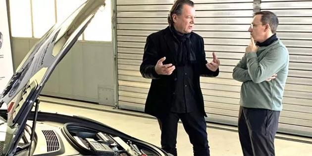 Avusturyalı mühendis, Tesla Model 3'e benzinli motor taktı