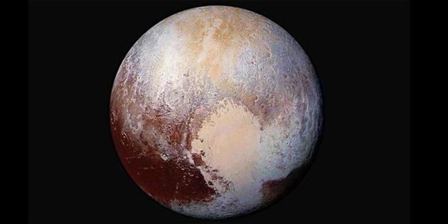'Plüton gezegendir' tartışması!