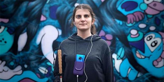 Huawei'nin yapay zekası görme engellilere duyguları gösterecek