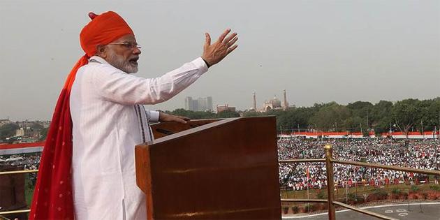 Hindistan başbakanı açıkladı: '2022'de uzaya çıkıyoruz'