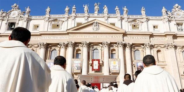 Vatikan ABD'li kardinali meslekten menetti