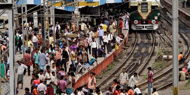 On yıl sonra en kalabalık kent Yeni Delhi olacak