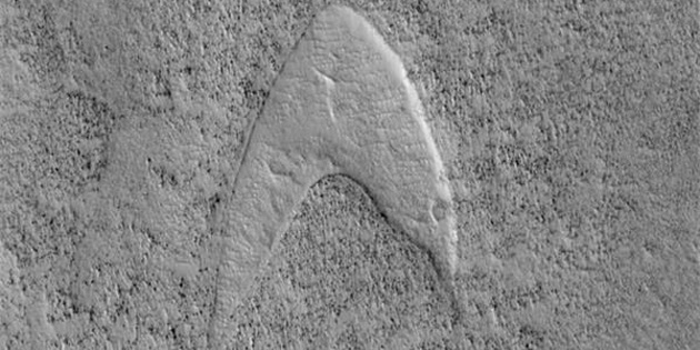 NASA: Star Trek'in Logosunu Mars'ta Bulduk