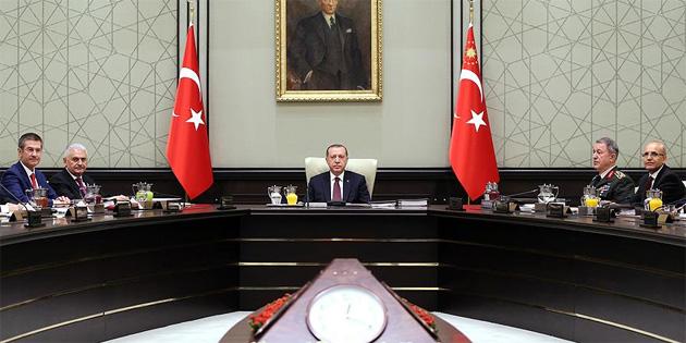 """""""Türkiye, sınırında terör devleti kurulmasına asla izin vermeyecek"""""""