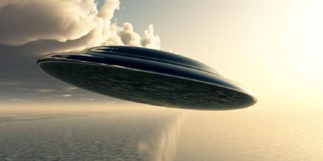 UFO avcısı uzay gemisine benzeyen fotoğraflar paylaştı! - VIDEO
