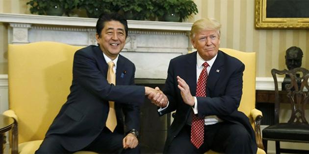 Trump, Abe'yi Meksikalı göçmenleri yollamakla tehdit etmiş