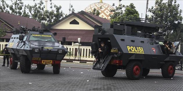 Endonezya'da operasyonlarda 77 şüpheli öldürüldü