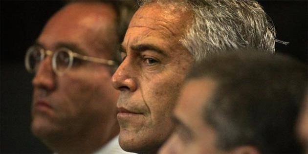 """Otopsi sonucu: """"Epstein kendisini astı"""""""