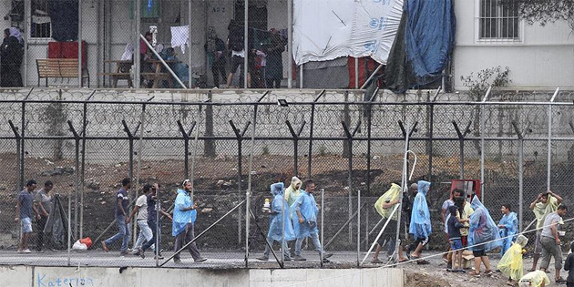 Yunanistan, göçmenleri düzenli olarak zorla geri gönderiyor