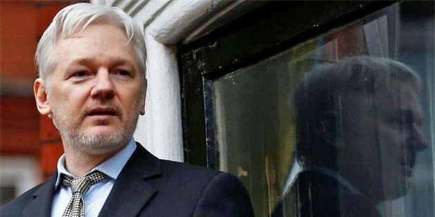 Julian Assange, servete mal oldu