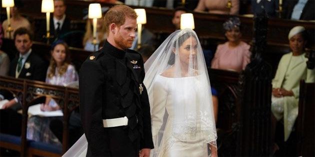 Harry ile Meghan evlendi