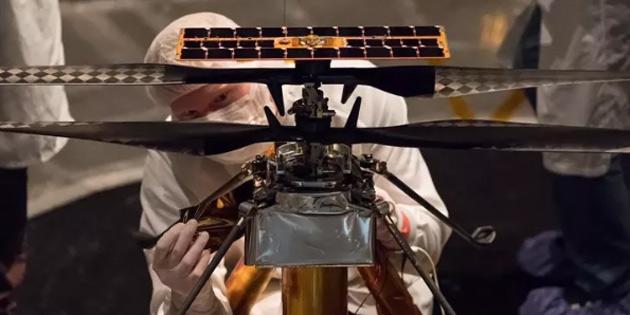 NASA, Mars'ta Helikopter Uçuracak!