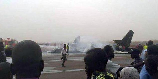 44 kişiyi taşıyan yolcu uçağı düştü!