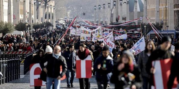 Kıbrıs ile Vatikan ilişkileri güçlenecek