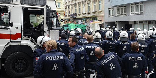 Avusturya'da 'paralel devlet' operasyonu: 26 gözaltı