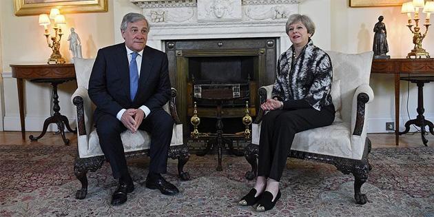 'İngiltere'de istikrar önemli'