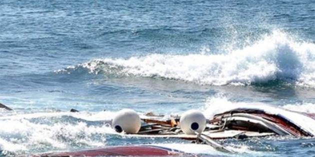 Tunus'ta düzensiz göçmenleri taşıyan balıkçı teknesi battı: 8 ölü