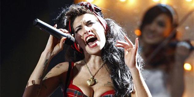 Amy Winehouse 'geri dönüyor'