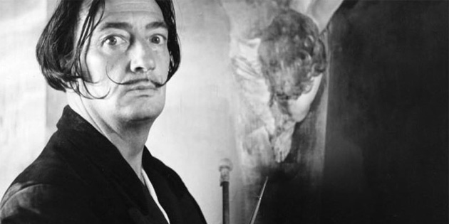 İspanyol Ressam Salvador Dali'nin mezarı açıldı
