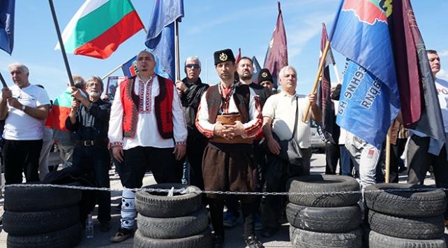 Bulgaristan'da Türk karşıtı eylem! Yolları kestiler