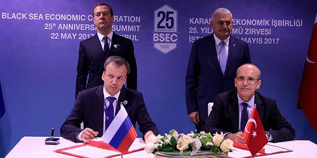 Türkiye-Rusya ticaretinin önündeki engeller kalkıyor
