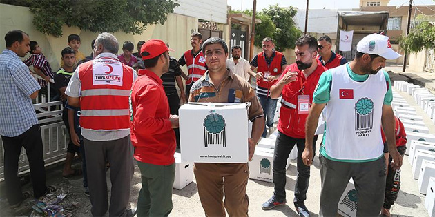 Türk Kızılayı Irak'ta gıda yardımında bulundu