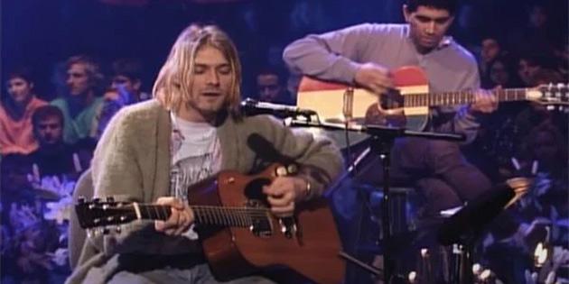 Nirvana'nın Efsane Solisti Kurt Cobain'in Gitarı Rekor Fiyata Satıldı