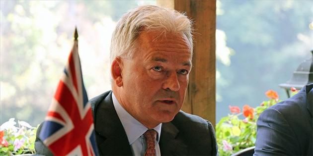 İngiltere'nin Avrupa Bakanı Alan Duncan istifa etti