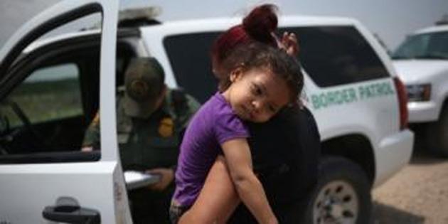 Soğutmalı kamyon kasasında 60 göçmen
