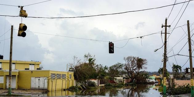 Maria kasırgası Karayipler'de 27 can aldı