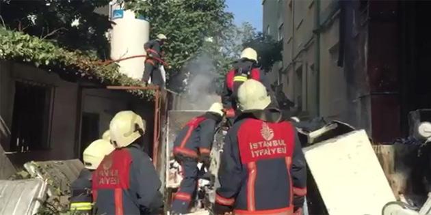 Haseki Eğitim ve Araştırma Hastanesi bahçesinde yangın
