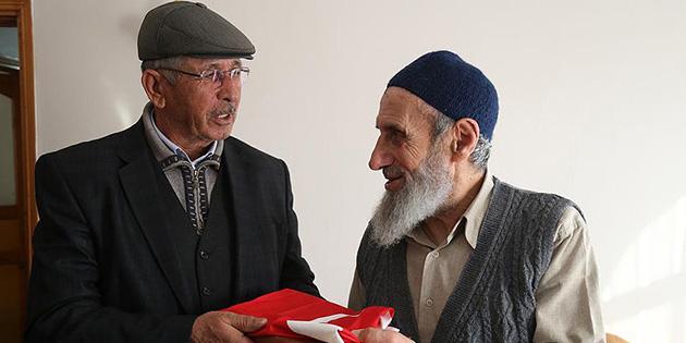 Baba Halisdemir'den şehit Safitürk'ün ailesine ziyaret