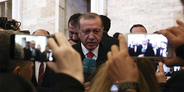 """""""TARTIŞMALAR ÜZERİNE DEĞİL BARIŞ ÜZERİNE BİNA EDİN"""""""