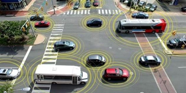 Çin sürücüsüz otomobilleri trafikte deniyor