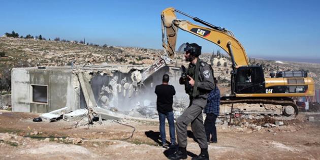 İsrail'den Filistinlilere 'Evlerinizi kendiniz yıkın' ihtarı
